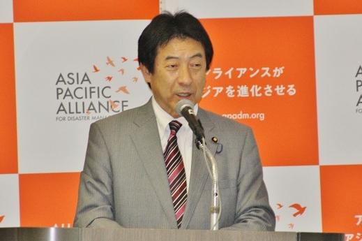 塩崎恭久衆議院議員 yasuhisa shiozaki.JPG