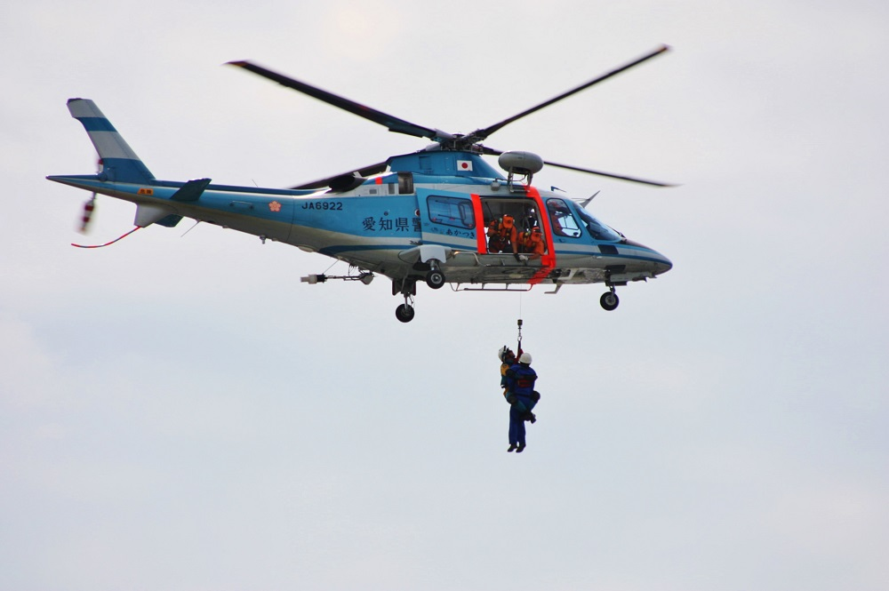 吊り上げ救助.JPG