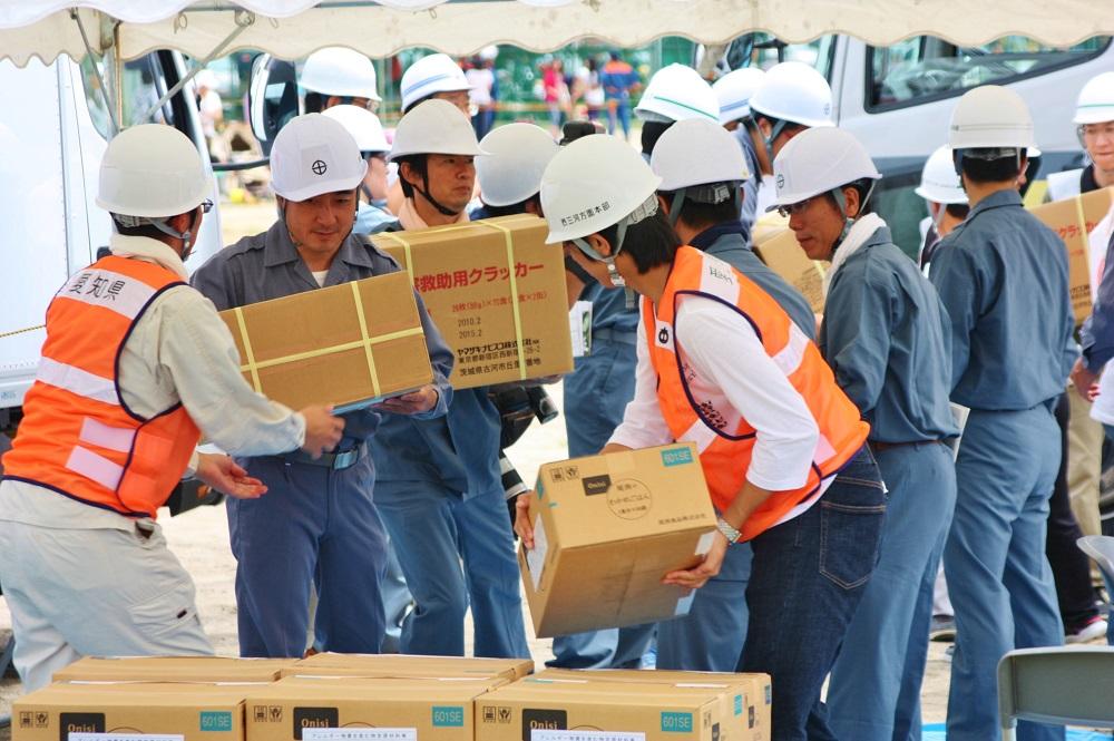 救援物資の輸送、受け入れ.JPG