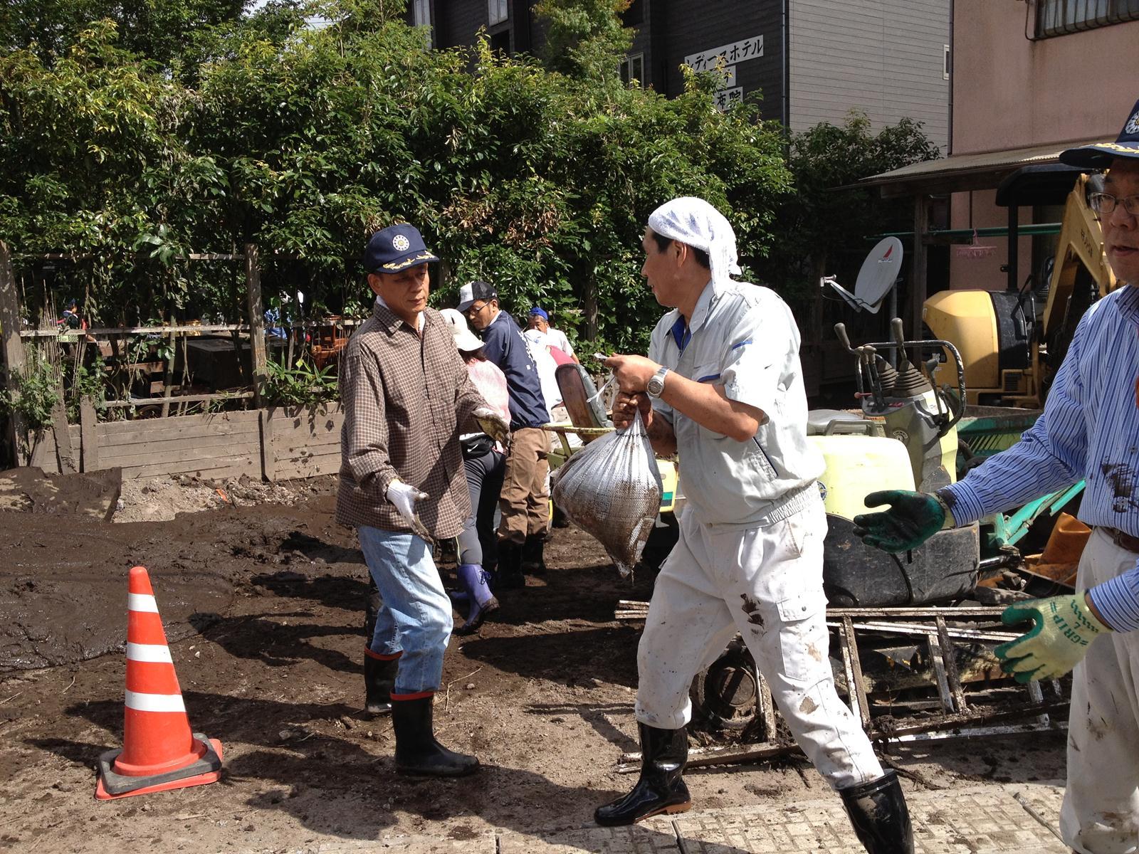 湯布院町の作業.JPG
